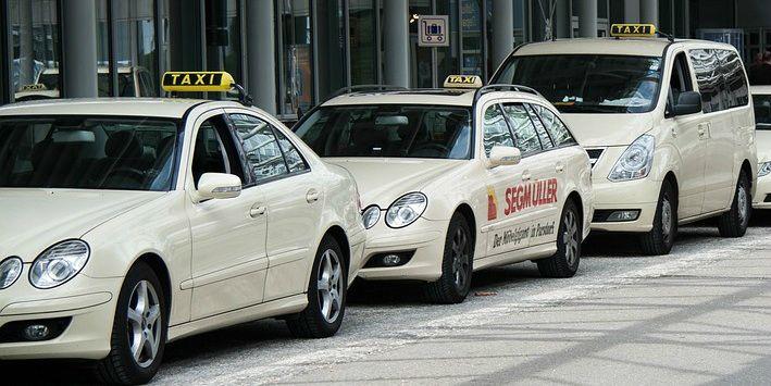 Eine taxifahrt endete f r eine 30 j hrige frau im gef ngnis - Mobel taxi augsburg ...