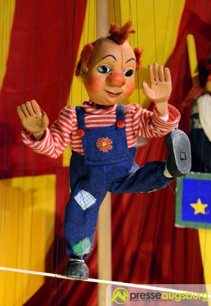 2015-10-27-Kiste-–-07 Großes Clowntreffen im Museum bei der Augsburger Puppenkiste Freizeit Kunst & Kultur News Augsburger Puppenkiste Die Kiste  Presse Augsburg
