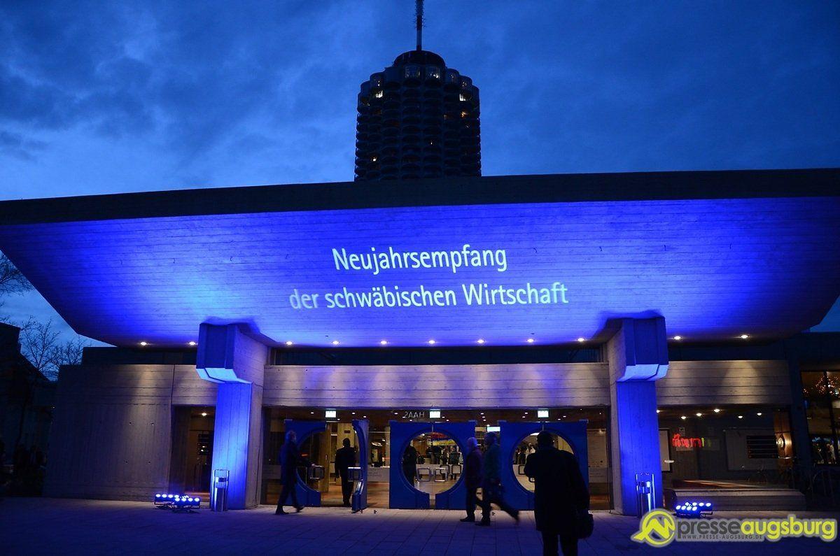 ihk_neujahr_2014_001 IHK-Präsident Kopton begrüßt 1000 Gäste beim Neujahrsempfang News Wirtschaft Augsburg News IHK Schwaben Kongress am Park Markus Söder Nachrichten Augsburg Wirtschaft Augsburg |Presse Augsburg