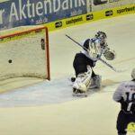 140218_AEV_Hamburg_007-150x150 Panther ringen die Hamburg Freezers nieder und bewahren sich ihre Playoff-Chance Augsburger Panther News Sport  Presse Augsburg