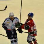 140218_AEV_Hamburg_017-150x150 Panther ringen die Hamburg Freezers nieder und bewahren sich ihre Playoff-Chance Augsburger Panther News Sport  Presse Augsburg