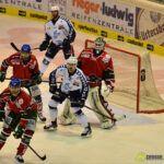 140218_AEV_Hamburg_072-150x150 Panther ringen die Hamburg Freezers nieder und bewahren sich ihre Playoff-Chance Augsburger Panther News Sport  Presse Augsburg