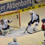 140218_AEV_Hamburg_073-150x150 Panther ringen die Hamburg Freezers nieder und bewahren sich ihre Playoff-Chance Augsburger Panther News Sport  Presse Augsburg