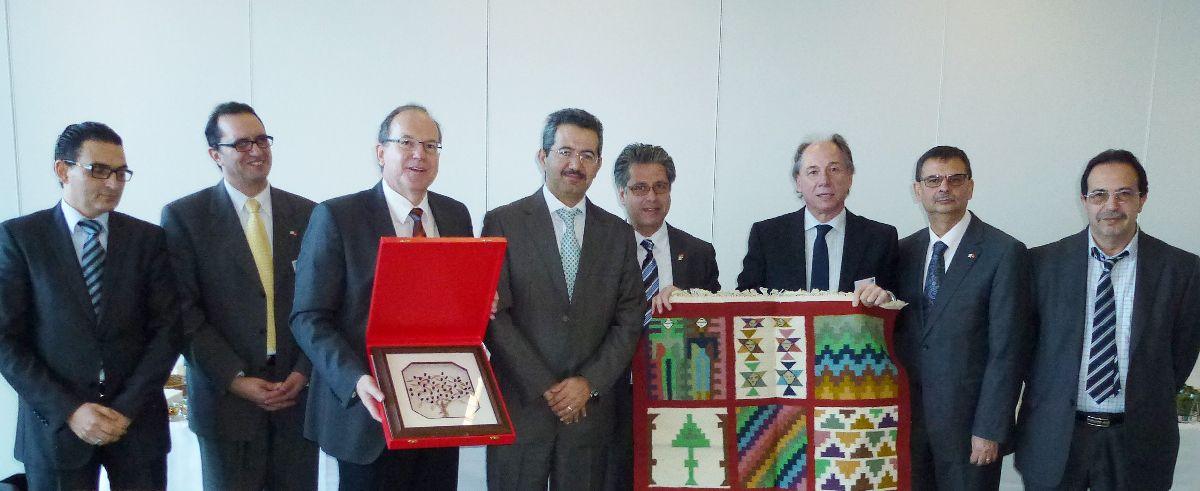 Delegation-Tunesien Wirtschaftsdelegation aus Tunesien besucht das IHK-Bildungshaus Schwaben News Wirtschaft |Presse Augsburg