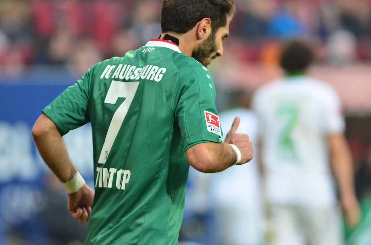 fca_bremen_140201_034 FCA dreht Partie und feiert ersten Sieg im Breisgau FC Augsburg News Sport |Presse Augsburg