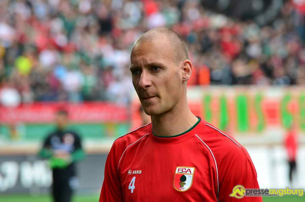 fca_fcb_125 FC Augsburg |Dominik Reinhardt tritt als U23-Trainer zurück Augsburg Stadt FC Augsburg News Newsletter Sport Dominik Reinhardt FC Augsburg U23 |Presse Augsburg
