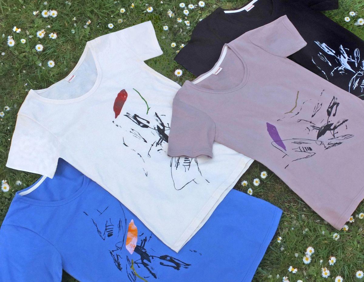 zoo-augsburg_coco_shirt_2014 Haben Sie schon ein T-Shirt vom Schimpansen? Freizeit News Coco Freizeit in Augsburg Malen Ostern Schimpanse T-Shirts Zoo Augsburg |Presse Augsburg