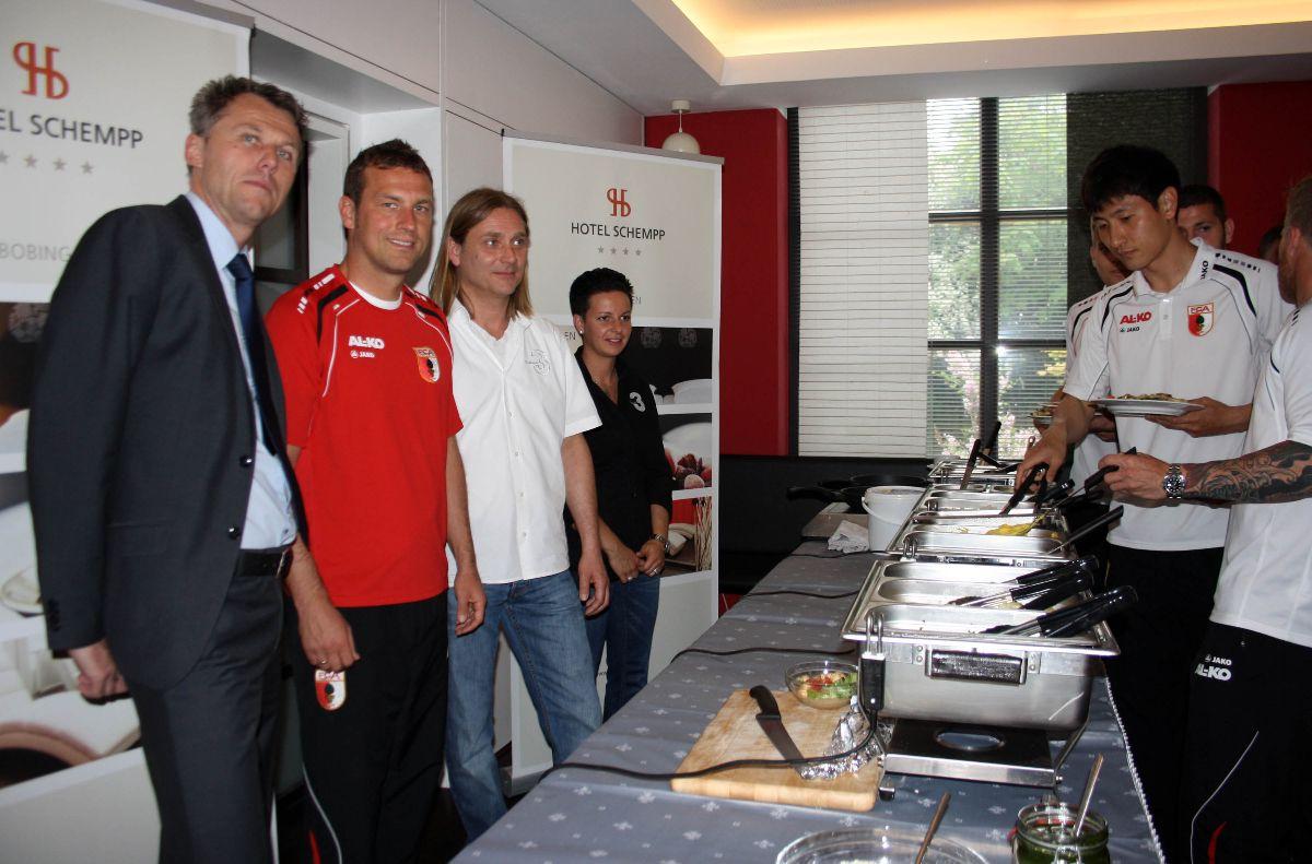 20140522-Hotel-Schempp-bleibt-Mannschaftshotel FC Augsburg | Hotel Schempp bleibt Mannschaftshotel FC Augsburg News Sport FC Augsburg Hotel Schempp |Presse Augsburg