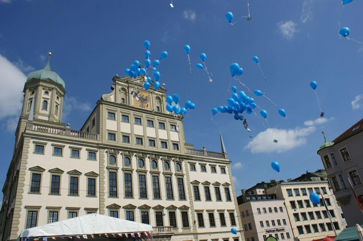 cia_Maso-Europa-Ballons Aus für Marktsonntage in Augsburg: ÖDP sieht sich durch Gerichtsurteil bestätigt Augsburg Stadt Polizei & Co Wirtschaft Augsburg Gericht Marktsonntag |Presse Augsburg