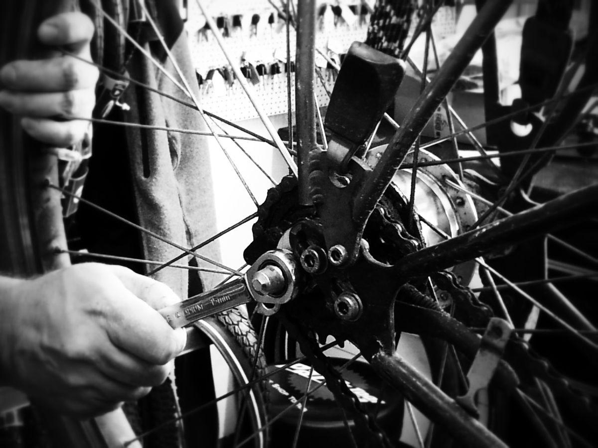 landkreis_Fahrrad-Frühjahrscheck Fahrrad-Frühjahrscheck des Landratsamtes - Tipps für den Bike-Check Freizeit News Check Fahrrad Frühjahr Landkreis Augsburg Sicherheit |Presse Augsburg