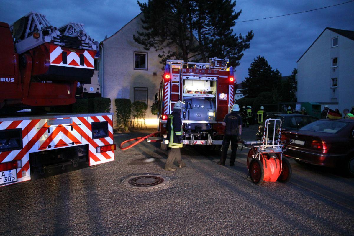 lechhausen wohnungsbrand fordert 2 verletzte presse augsburg nachrichten f r augsburg und. Black Bedroom Furniture Sets. Home Design Ideas