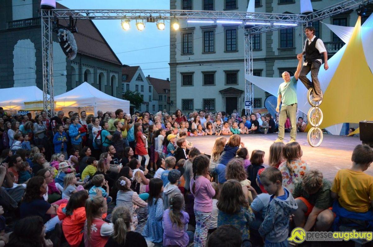2014-07-26-LA-STRADA-–-59 Bildergalerie | Die ganze Stadt ist eine Bühne - La Strada Bildergalerien Freizeit News Augsburg Bilder Fotos La Strada Straßenkünstler |Presse Augsburg