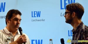 """20140729_fanmeeting_lew_015-300x153 Der """"Blauhelmeinsatz"""" für die AEV-Profis und -nachwuchsspieler geht weiter Augsburger Panther News Sport AEV Augsburger Panther Daniel Weiß DEL Fanmeeting Lechwerke LEW  Presse Augsburg"""