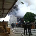 Foto-31-150x150 EILMELDUNG | Explosion in Stielfabrik bei Donauwörth News Polizei & Co Donauwörth Ebenmergen Explosion Feuer Stielfabrik |Presse Augsburg