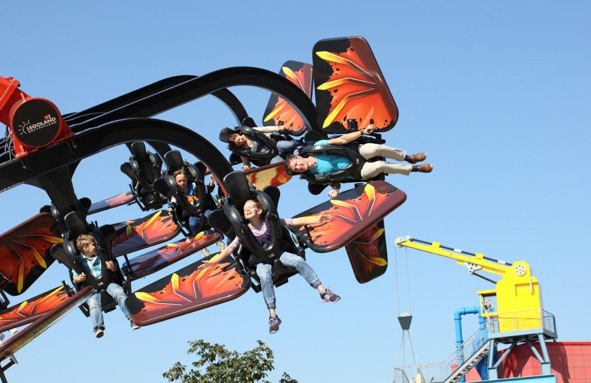 Flying Ninjago 240x155_150dpi