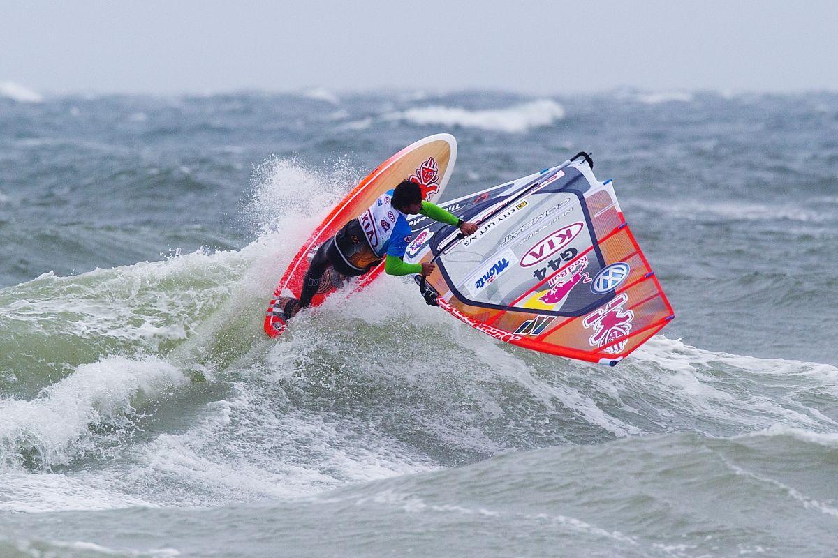 Philip-Köster Moritz Mauch (Surfclub Augsburg) surft um Weltcup-Punkte News Sport Moritz Mauch Segel-Club Augsburg Weltcup Windsurfen  Presse Augsburg