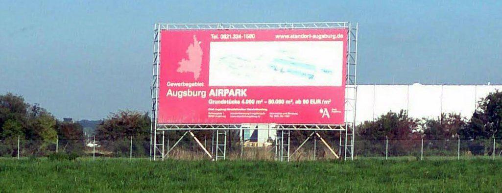 airpark Augsburger Stadtrat stimmt für Asyl-Erstaufnahmestelle am Flughafen News Politik Asyl Augsburg Entscheidung Erstaufnahmeeinrichtung Linkspartei Stadtrat Volker Schafitel  Presse Augsburg