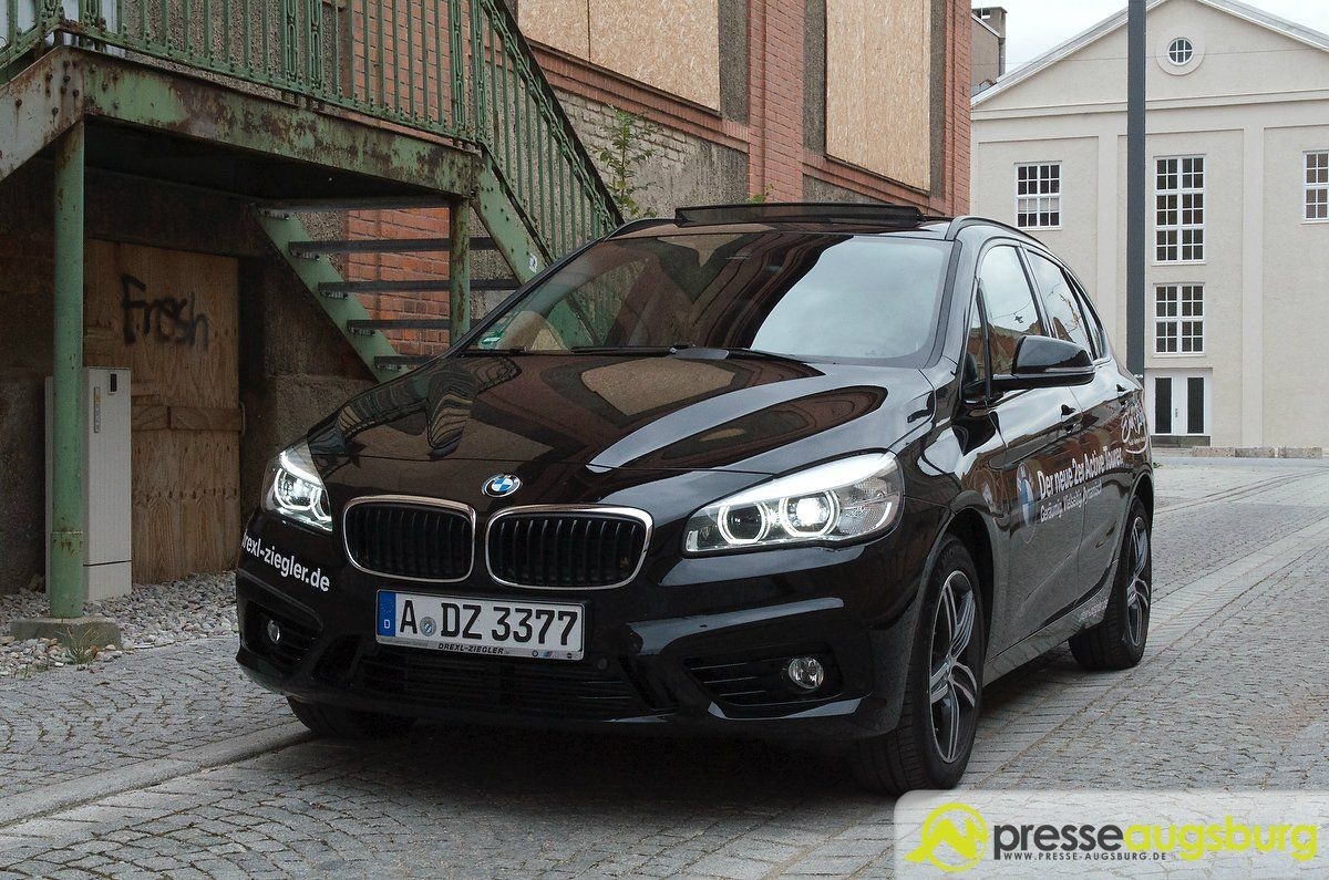 frontalangriff der bmw 218d active tourer im presse augsburg test presse augsburg. Black Bedroom Furniture Sets. Home Design Ideas