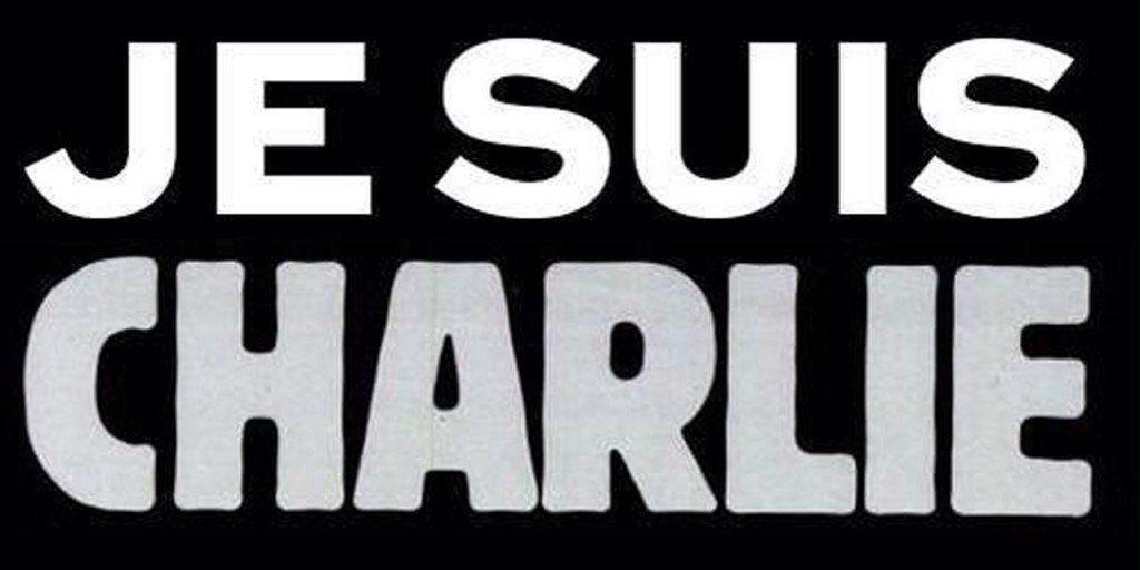Je-suis-charlie-640-1024x512 Trauerbeflaggung: Augsburg setzt Zeichen der Solidarität mit Frankreich News Politik #JeSuisCharlie Augsburg Trauer |Presse Augsburg