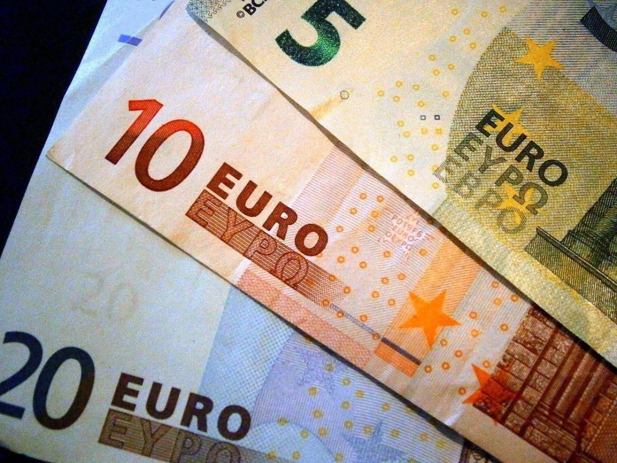 euro 18-jähriger Königsbrunner bezahlt in Disko mit Falschgeld - Ist noch mehr im Umlauf? News Polizei & Co Falschgeld Kesselhaus Rockfabrik Rofa |Presse Augsburg