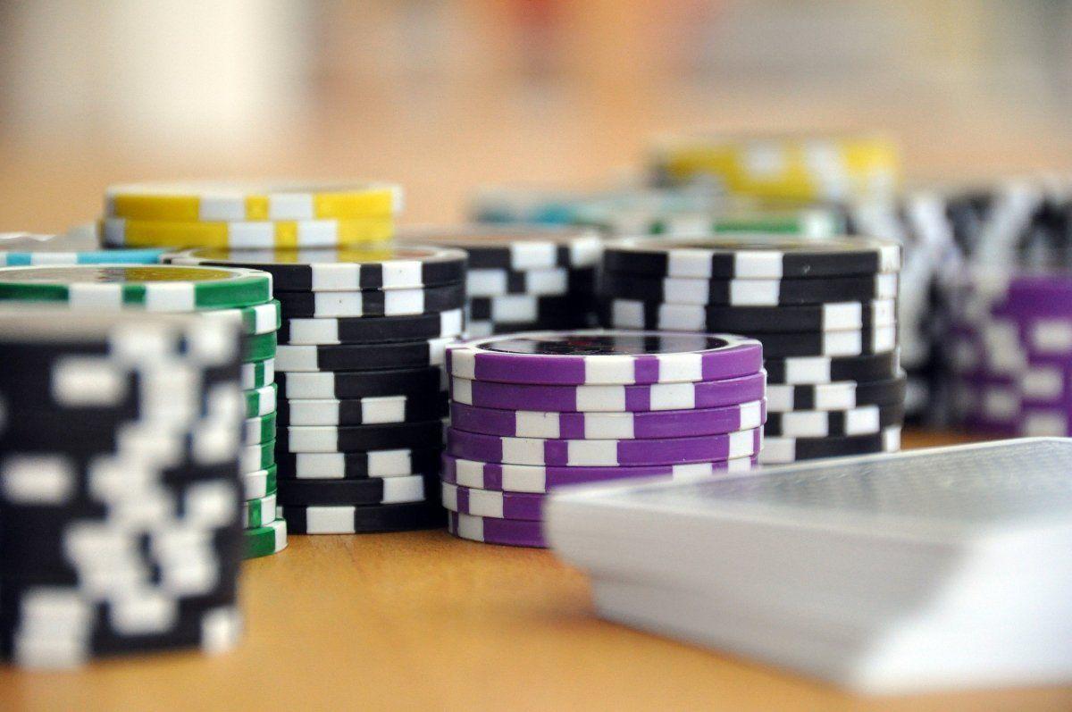 play-593207_1920 poker