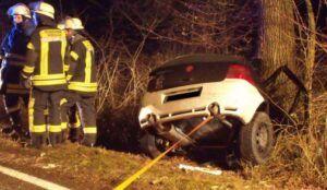 unfallwertingen-300x174 Wertingen | 24-jähriger Mann stirbt nach tragischem Autounfall News Polizei & Co Hoheneichen Langenreichen Meitingen Unfall Wertingen |Presse Augsburg