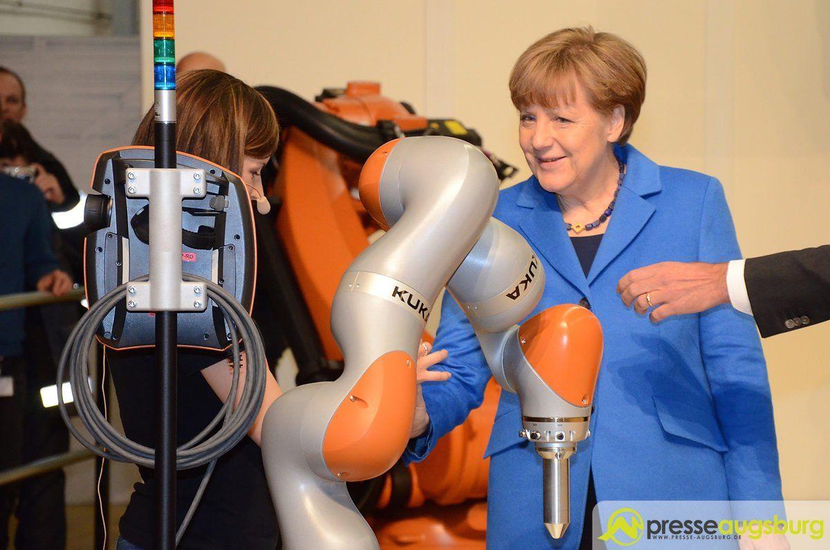 kuka_merkel_0020 Bundeskanzlerin Merkel zu Gast bei KUKA in Augsburg Im Fokus News Wirtschaft Angela Merkel Augsburg Besuch Kuka |Presse Augsburg