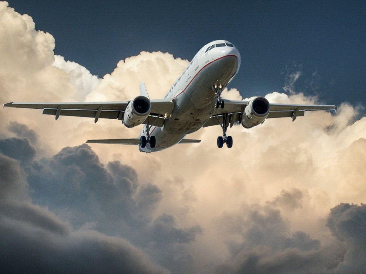 flugzeug_jet Bonusmeilen durch Dienstreisen - Wer darf sie benützen? News Wirtschaft Bonusmeilen IHK |Presse Augsburg