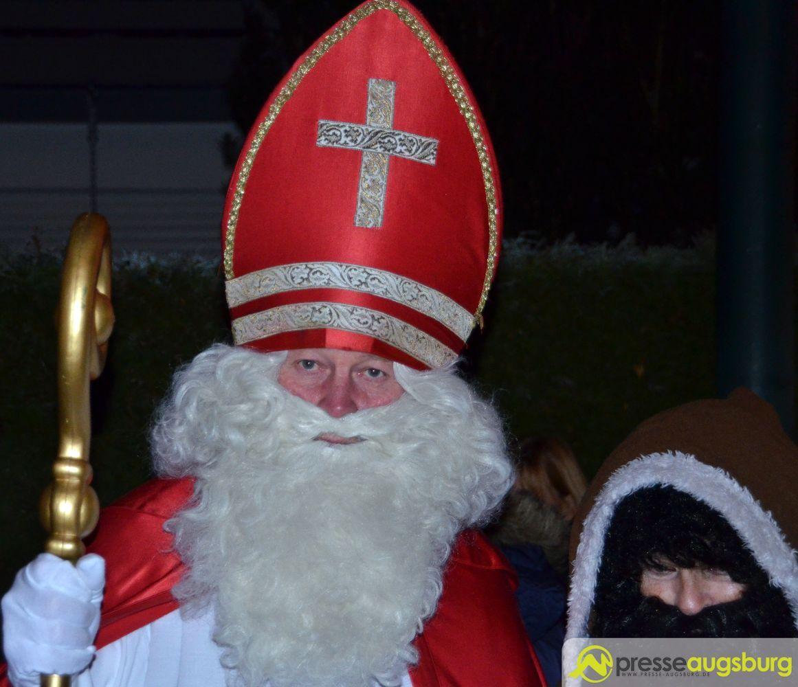 20151219 Neusäß Weihnachtsmarkt Nikolaus