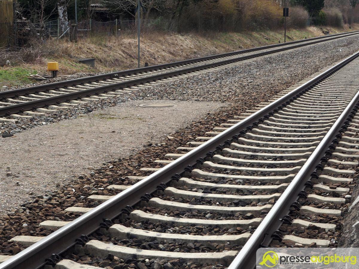 Zug Bahn Schienen