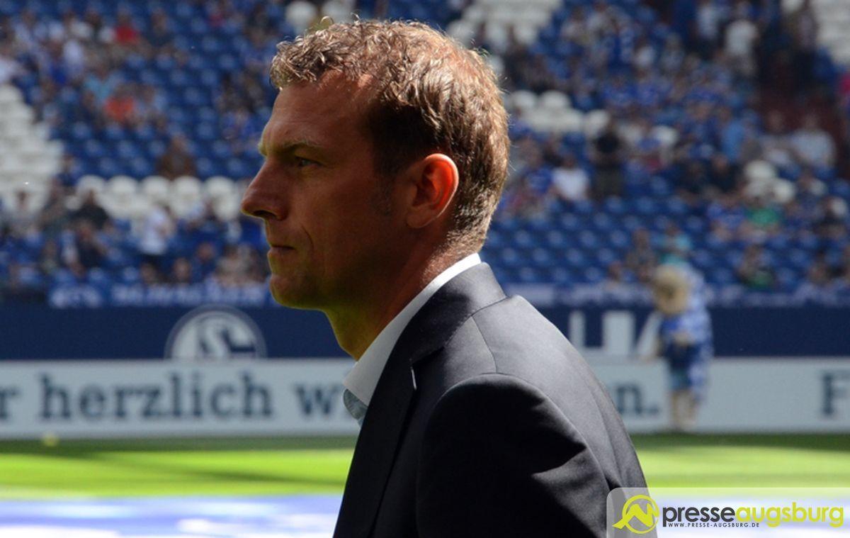 2016-05-07-Schalke-1.-–-044-weinzierl Der FCA unterliegt gegen Ex-Coach Weinzierls Schalker mit 0:3 FC Augsburg News Sport # NURDERFCA #s04fca Bundesliga DFL FC Schalke 04 Sonntagsspiel |Presse Augsburg