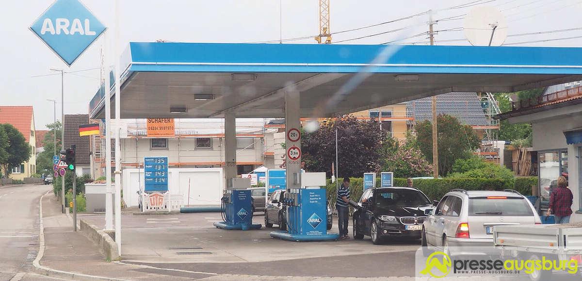 Adelsried Tankstelle 021