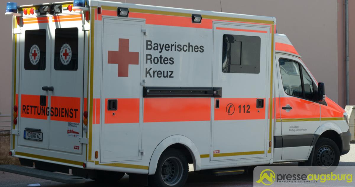 krankenwagen027 Unfall mit Bus in Kaufbeuren - Drei Personen verletzt News Ostallgäu Polizei & Co Bus Kaufbeuren Unfall |Presse Augsburg