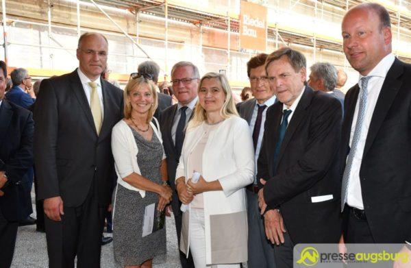 Klinikum Augsburg | Richtfest für den 110 Millionen Euro teuren Anbau West