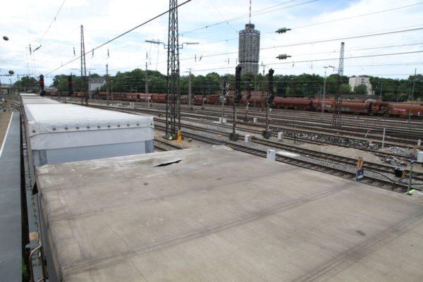 Augsburg | Personen kletterten auf Güterwagen - Bahn-Verspätungen wegen Polizei- und Feuereinsatz