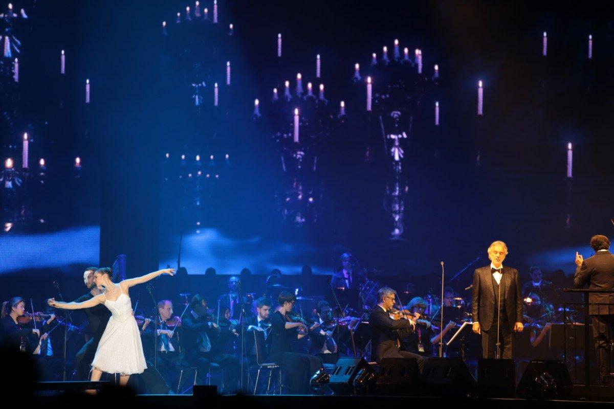 file Weltstar Andrea Bocelli kehrt 2018 nach 20 Jahren zurück nach Deutschland! Konzert am 07.04.2018 in München Freizeit Konzerte News 2018 Andrea Bocelli Deutschland München Tournee |Presse Augsburg