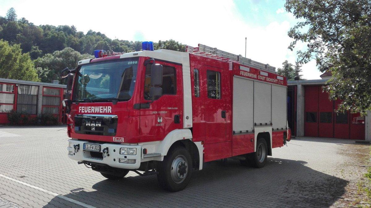 image Landkreis Eichstätt |33-jähriger Mann kommt bei Verkehrsunfall ums Leben Neuburg-Schrobenhausen News Polizei & Co B13 Eichstätt Unfall |Presse Augsburg