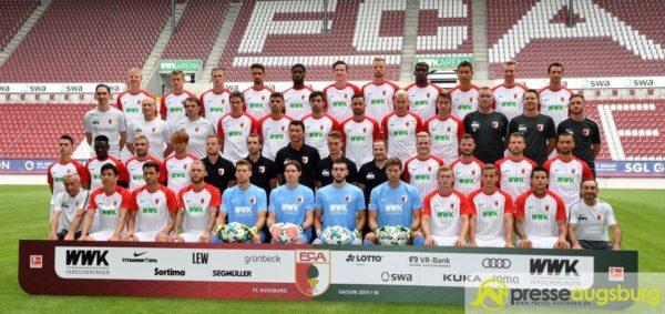 Bildergalerie | Der FC Augsburg präsentiert seine Mannschaft der Saison 2017/2018