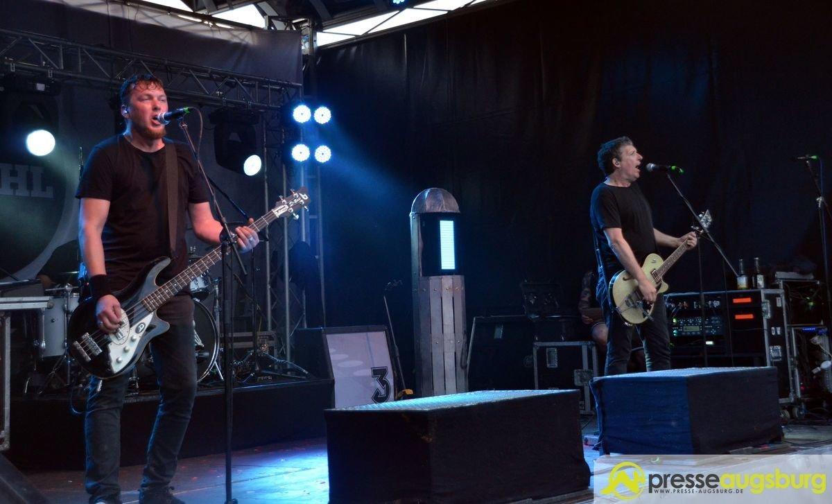 DSC_4339 SAK 2017   Zum Abschluss wurde Oberhausen nochmals richtig gerockt Augsburg Stadt Bildergalerien Freizeit Konzerte News Bobs Dritte Wahl Fiddlers Green SAK Sommer am Kiez  Presse Augsburg
