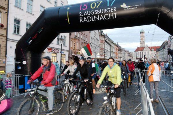 Über 6.000 Teilnehmer - Auch die 2. Augsburger Radlnacht war ein voller Erfolg
