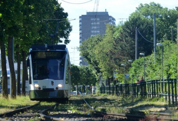 Die Straßenbahnlinie 2 fährt wieder nach Haunstetten Nord