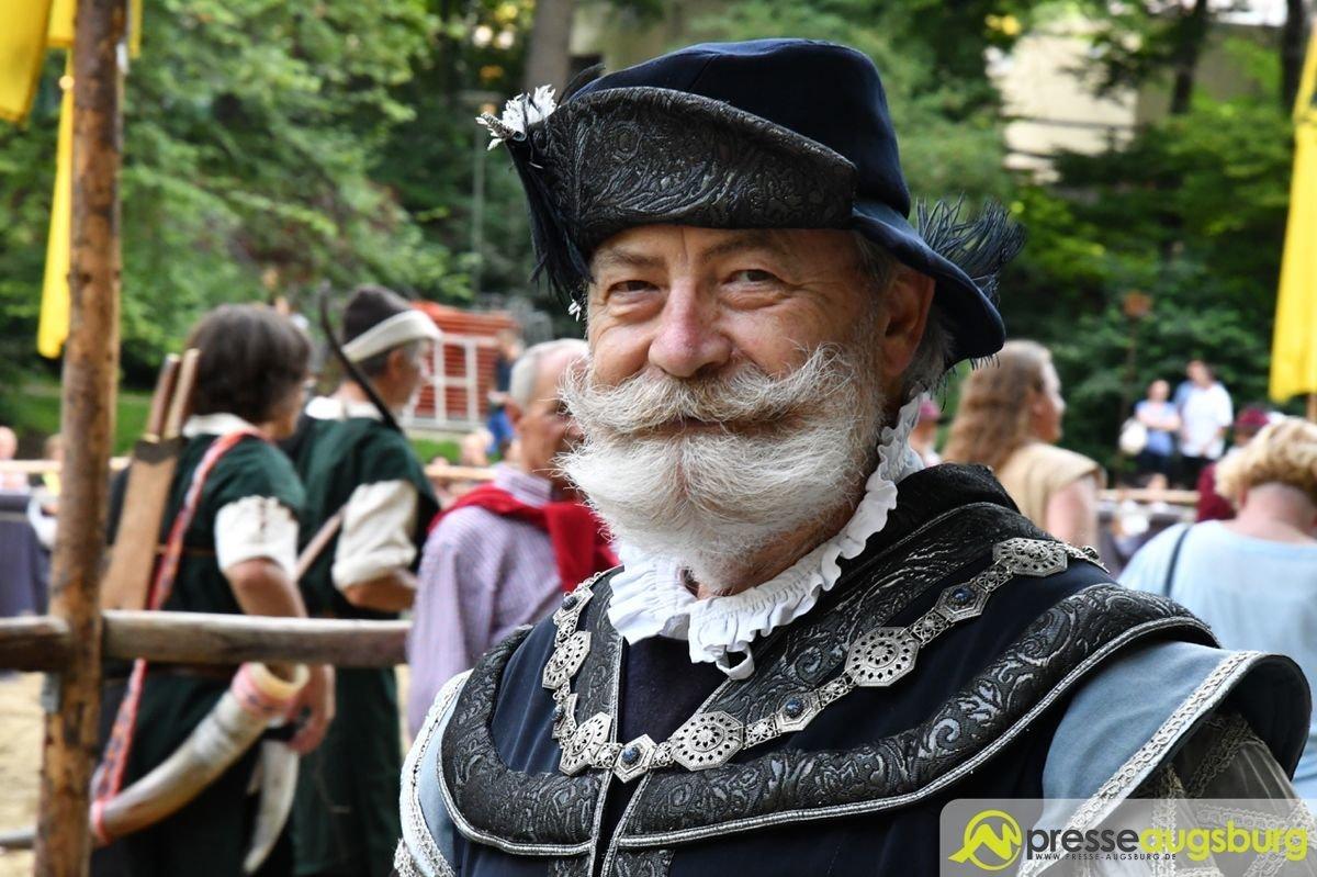2017-08-04-Bürgerfest-–-52 Bildergalerie   Das Historische Bürgerfest Augsburg wurde eröffnet Augsburg Stadt Bildergalerien Freizeit News Historisches Bürgerfest Augsburg Rotes Tor  Presse Augsburg