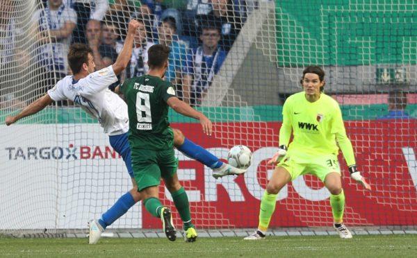 Raus in der ersten Runde - Augsburg scheitert erneut in Magdeburg