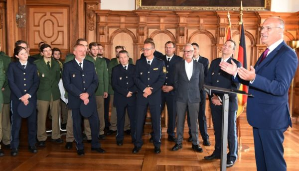 Stadt Augsburg zeigt Wertschätzung für die Polizeiarbeit