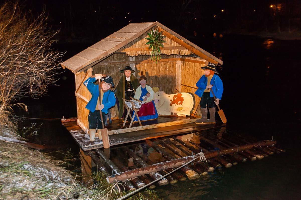 20131206_171832_thw257 Donauwörth |THW-Angehörige finden verschwundene Floßkrippe - Halteseile waren durchtrennt Donau-Ries News Newsletter Polizei & Co |Presse Augsburg