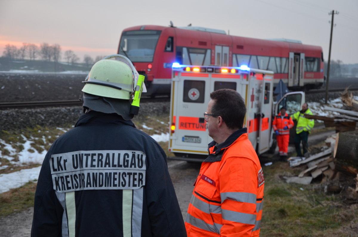n5_180306_ID12855_10 Hausen im Unterallgäu |41-jähriger Radfahrer wird von Regionalzug erfasst News Polizei & Co Unterallgäu Hausen Radfahrer Unfall Unterallgäu Zug |Presse Augsburg