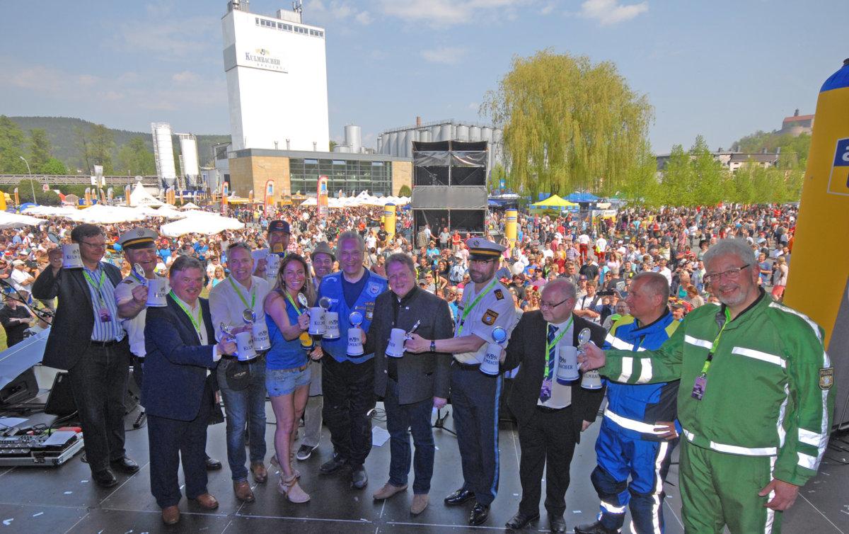 b__hne Motorradsternfahrt in Kulmbach bot Zweiradfans ein willkommenes Ausflugsziel Überregionale Schlagzeilen Vermischtes Kulmbach Motorradsternfahrt  Presse Augsburg