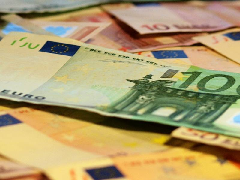 Neuer Feiertag In Norddeutschland Koennte Beschaeftigte Geld Kosten