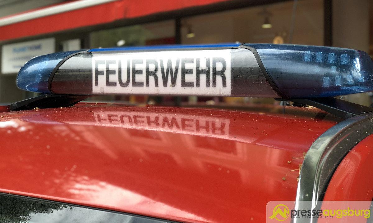 feuwehr_symbolbild-pfister_018 Weilheim-Schongau | 18-Jähriger kommt bei schwerem Verkehrsunfall am Neujahrstag ums Leben Bayern Vermischtes Böbing Feuerwehr Notarzt Schöffau Unfall |Presse Augsburg
