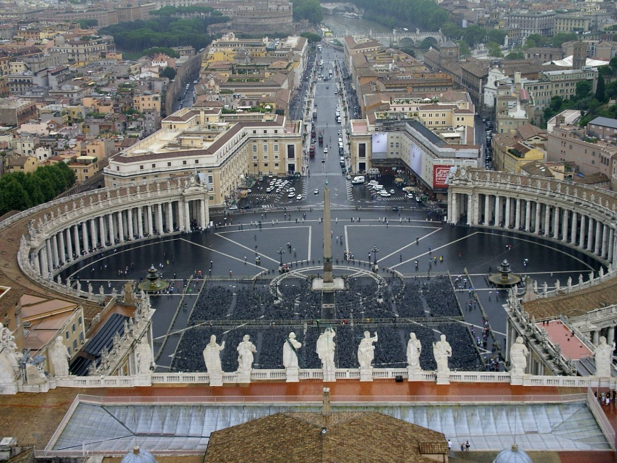 St Peters Square 248680 1280